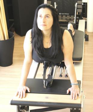 Photo profil - Libby Koukourakis - instructrice BASI - STOTT Pilates chez Connexion Pilates